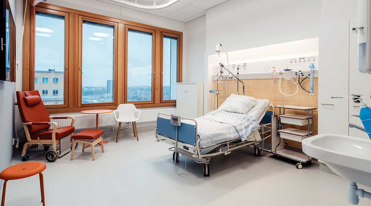 Automatic sprinkler systems are required for new hospitals and other care facilities in Sweden.