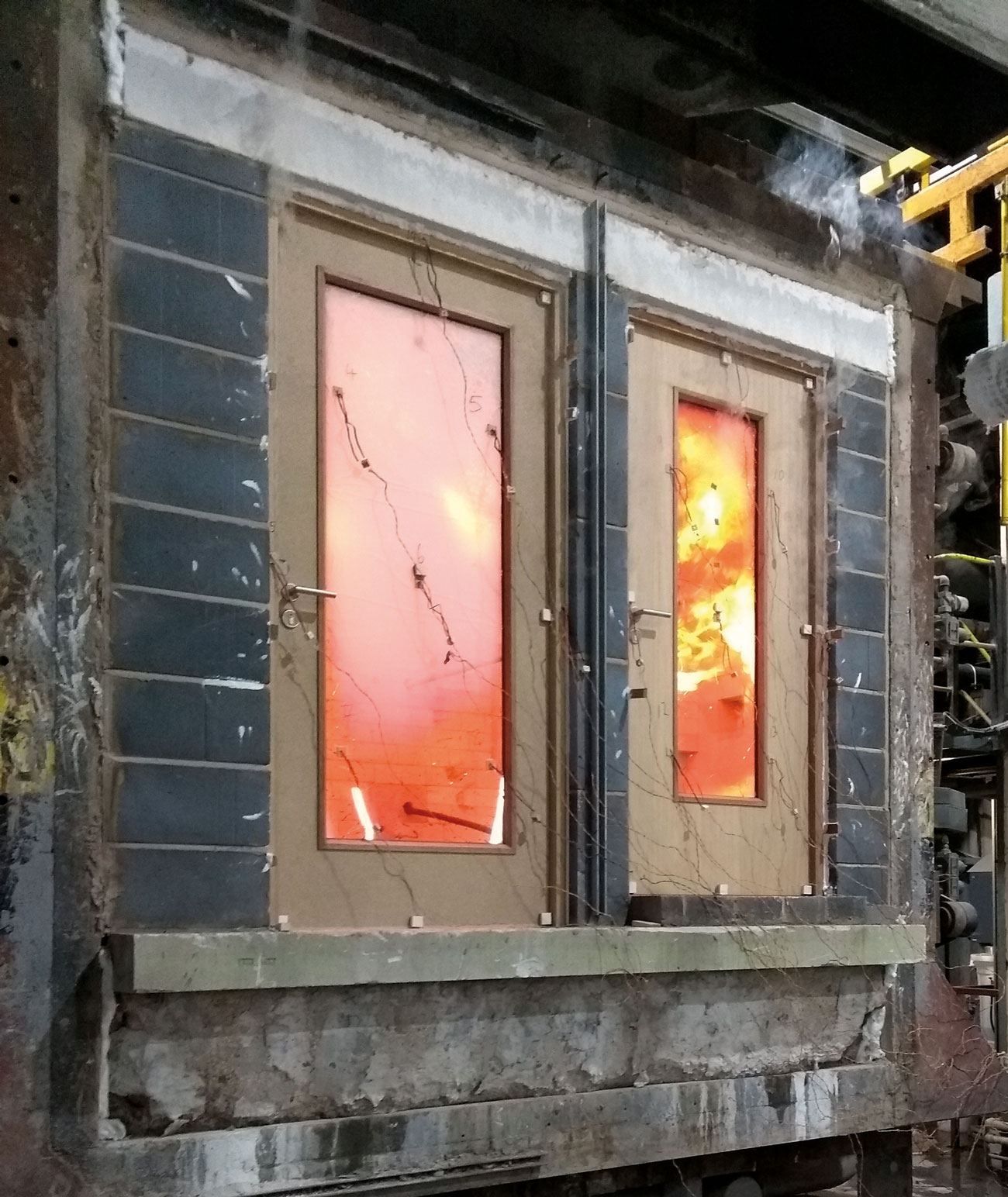 Fire testing in action for the Pyroplex 60-minute glazing system.