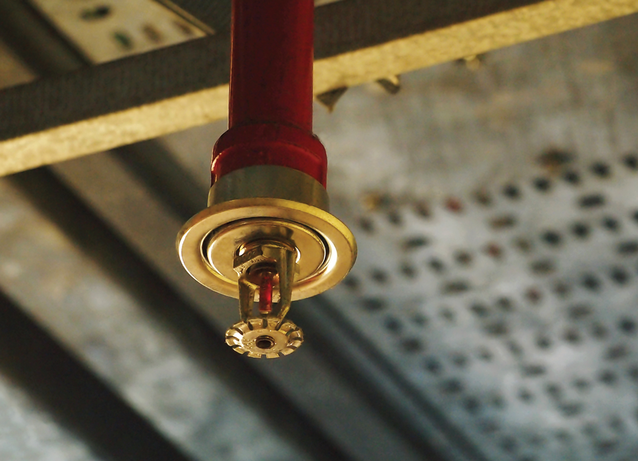 The constant presence of water and oxygen in contact with metal pipes and fittings make wet sprinkler systems vulnerable to high levels of corrosion.